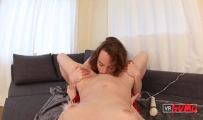 VR Porn Video - Ana Molly Gives Belle a Spectacular Orgasm With Her Tongue