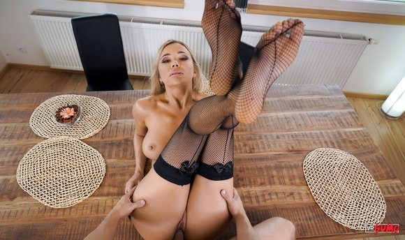 VR Porn Video - Blonde Bombshell Venera Maxima Is All About Your Pleasure