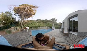 VR Porn Video - Lesbian Delight By The Pool