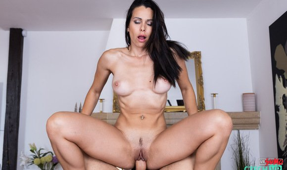 VR Porn Video - Horny Babe Jessy Jey Needs Your Cock For Her Orgasm