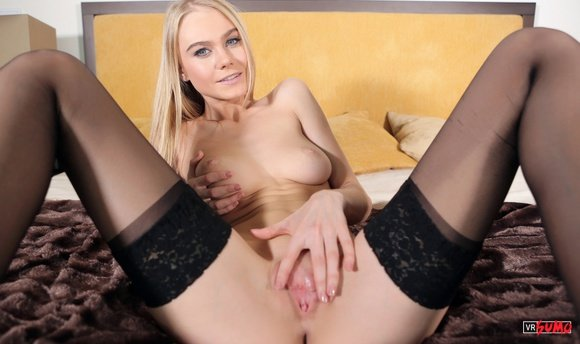 VR Porn Video - Your Virtual Girlfriend Nancy Is Very Horny