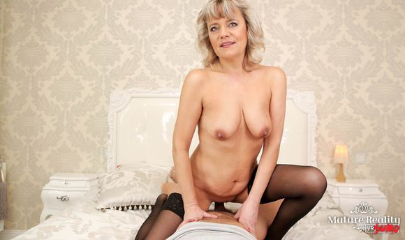 VR Porn Video - Blonde Mature Having A Ride Of A Lifetime