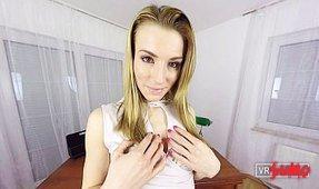VR Porn Video - Victoria Daniels