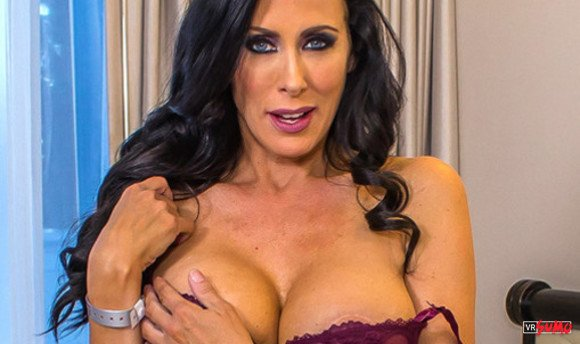 VR Porn Video - Night In Vegas With A Power MILF Reagan Foxx