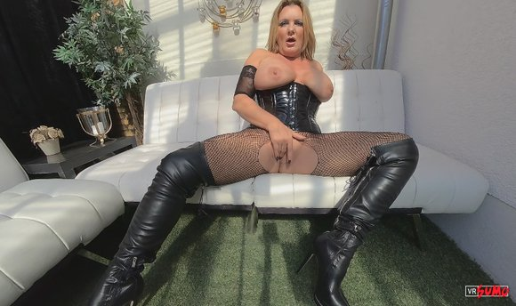 VR Porn Video - Kryzzi Playing With Her Pussy Just For You