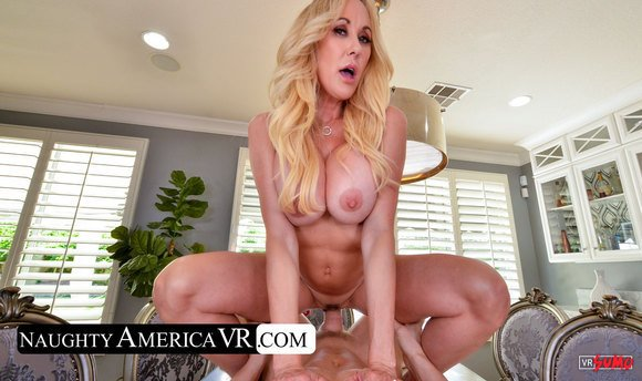 VR Porn Video - Hot Blonde MILF Brandi Love