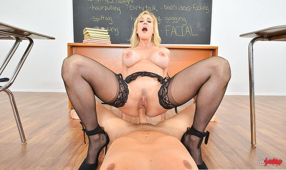 VR Porn Video - Sexy Professor Brandi Love Teaching You How To Fuck A Pornstar