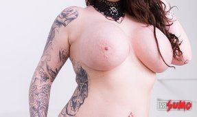 VR Porn Video - Railing a BBW Goth Babe with Massive Tits