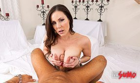 VR Porn Video - Kendra Lust In Action