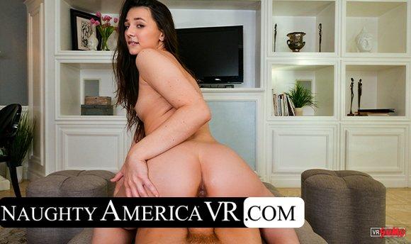 VR Porn Video - Liz Jordan Gets To House Sit For Her Neighbor