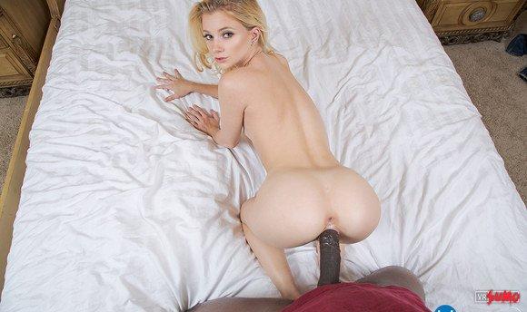 VR Porn Video - Black Dick For Stunning Riley Star