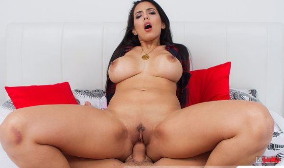 VR Porn Video - Katrina Moreno Coming From Barcelona To Fuck You