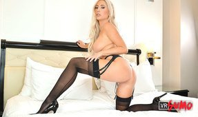 VR Porn Video - Tasha Reign Putting A Lot Of Hard Work To Pleasure You Up