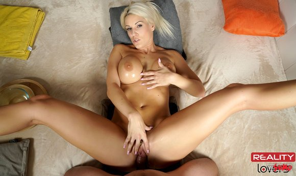 VR Porn Video - Bombshell Blonde In Hardcore Riding Action