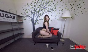 VR Porn Video - Joseline Kelly Being Naughty Only For You