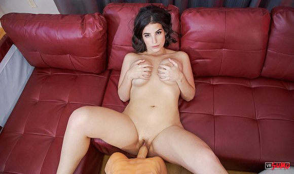 VR Porn Video - Stunning Latina Looking For Hard Dick